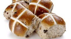533373-hot-cross-buns